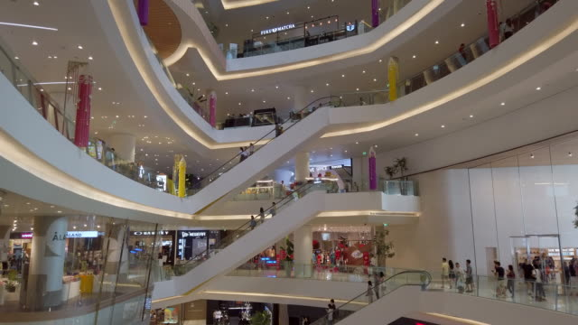 many people walking and shopping in shopping mall - shopping mall stock videos & royalty-free footage