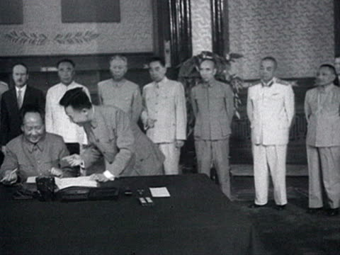 mao and khrushchev sign on common declaration and shaking hands audio / beijing pekin peking beijing china - 1958 stock videos & royalty-free footage