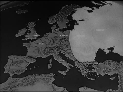 map of europe w/ soviet land highlighted animated movement of soviet's 'police state' covering nine countries british french italy flags 'democracy... - 冷戦点の映像素材/bロール