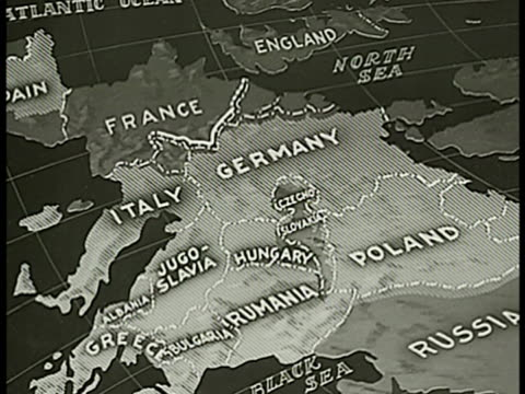 stockvideo's en b-roll-footage met map map of france italy germany poland nazi germany area highlighted all labels fading away except france maginot line - 1938