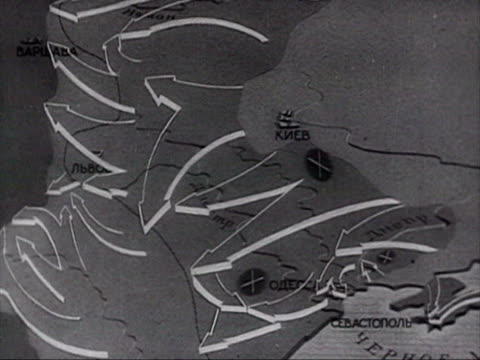 map showing russians moving towards destruction and battlefield tank destroying audio / russia - 1944 stock-videos und b-roll-filmmaterial