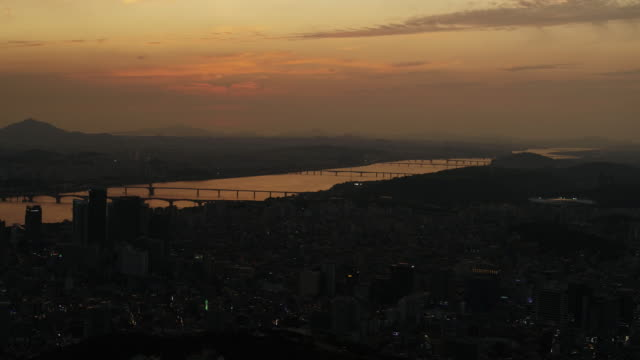 mapogu district and han river at sunset / seoul, south korea - water's edge stock videos & royalty-free footage