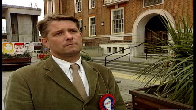 maragaret hodge comments on bnp vox pops general view of barking dagenham town hall low angle shot of barking deagenham council offices richard... - マーガレット・ホッジ点の映像素材/bロール