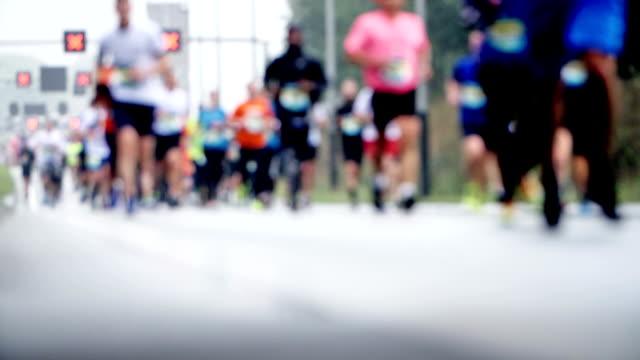 スローモーションのマラソン ランナー - 北ホラント州点の映像素材/bロール