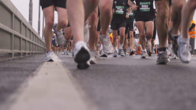 SLO MO, CU Marathon runners, low section, Auckland, New Zealand