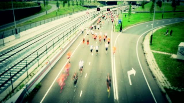 Maratona corridori time lapse, cambio di inclinazione