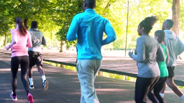 marathon runners - london marathon stock videos & royalty-free footage