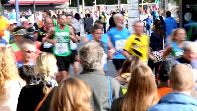 Marathon running, Real Time + Audio