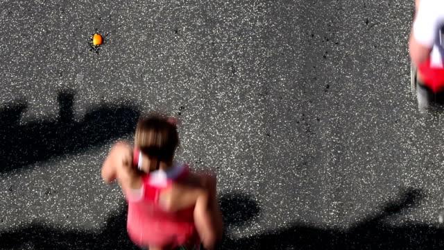 vídeos de stock, filmes e b-roll de maratona - maratona
