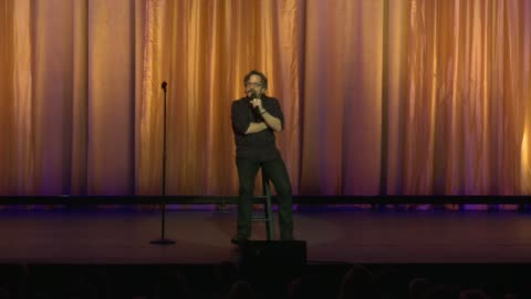 stockvideo's en b-roll-footage met marc maron at international myeloma foundation's 11th annual comedy celebration benefiting the peter boyle research fund at the wilshire ebell... - wilshire ebell theatre