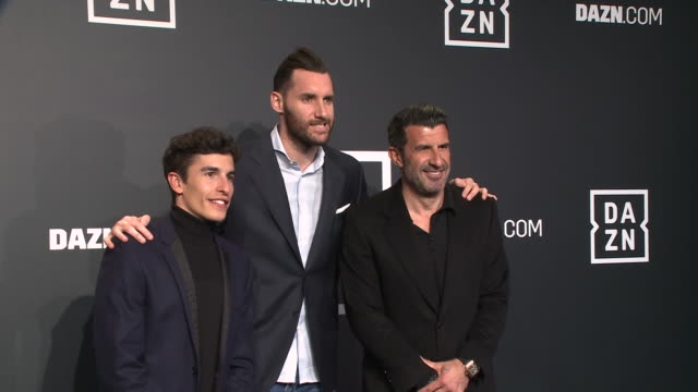 marc márquez luis figo and rudy fernandez attends 'dazn' photocall at cines callao on february 27 2020 in madrid spain - marc marquez video stock e b–roll