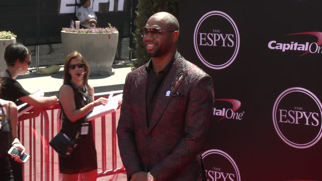 vídeos de stock, filmes e b-roll de marcedes lewis at the 2016 espy awards at microsoft theater on july 13 2016 in los angeles california - microsoft theater los angeles