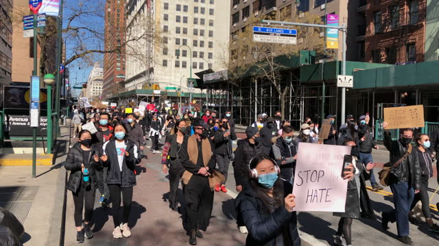 stockvideo's en b-roll-footage met march 21: stop the asian hate hundreds rally in union square against anti-asian violence manhattan new york city ny usa on march 21 2021 stop the... - east asian ethnicity
