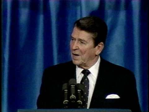 march 8 1983 ms ronald reagan 'evil empire' speech excerpt / orlando florida usa / audio - comunismo video stock e b–roll