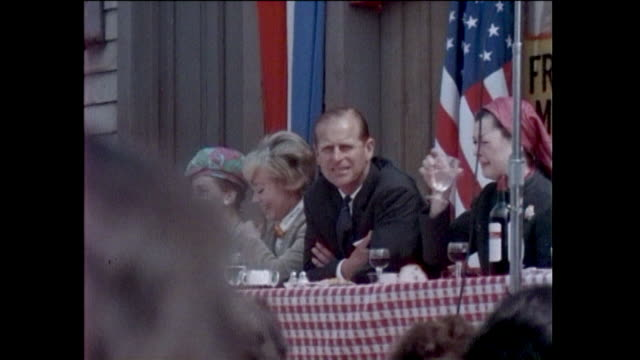 marching band. prince philip, the duke of edinburgh, visits 20th century fox studio in century city. charlton heston, jerry lewis, bob hope, natalie... - century city stock videos & royalty-free footage