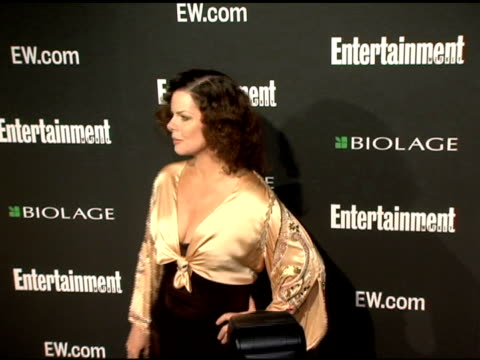 stockvideo's en b-roll-footage met marcia gay harden at the entertainment weekly's viewing party for 2006 academy awards at elaine's in new york, new york on march 5, 2006. - entertainment weekly