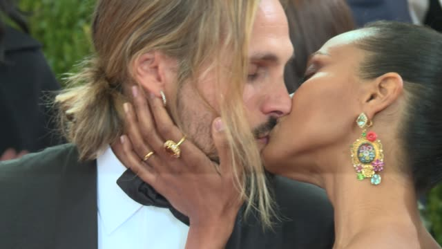 marco perego zoe saldana at manus x machina fashion in an age of technology costume institute benefit gala arrivals at metropolitan museum of art at... - manus x machina: fashion in an age of technology stock videos and b-roll footage