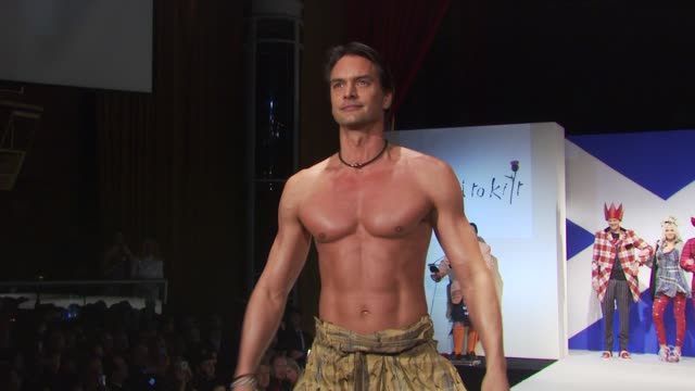 marcus schenkenberg at the 8th annual 'dressed to kilt' charity fashion show at new york ny - dressed to kilt stock videos & royalty-free footage