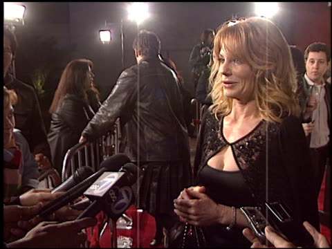 stockvideo's en b-roll-footage met marg helgenberger at the 'in good company' premiere at grauman's chinese theatre in hollywood california on december 6 2004 - mann theaters