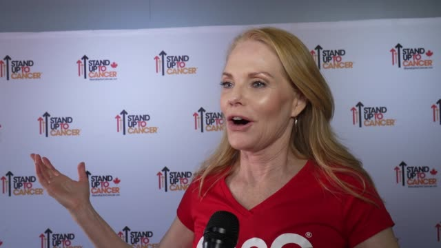 marg helgenberger on everything the event does to beat cancer at the stand up to cancer 2018 at barker hangar on september 07, 2018 in santa monica,... - marg helgenberger stock videos & royalty-free footage