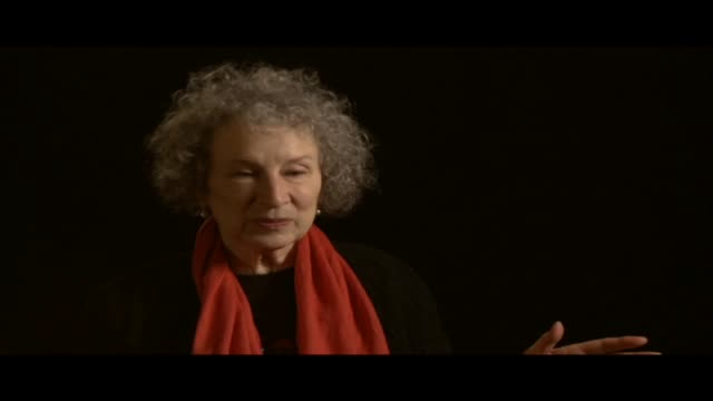 vídeos de stock e filmes b-roll de margaret atwood has received numerous awards she is the author of more than fifty volumes of poetry and is best known for her novels which include... - poesia literatura