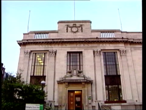 margaret hodge criticised over handling of abuse allegations lib gvs islington town hall - マーガレット・ホッジ点の映像素材/bロール