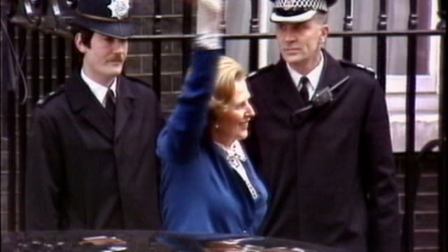 guest list for funeral published 451979 england london downing street ext margaret thatcher mp waving to crowds from doorstep of number 10 as... - general election stock videos & royalty-free footage