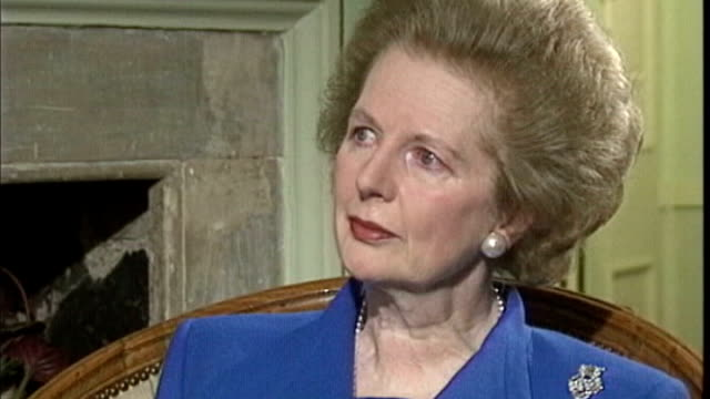 Margaret Thatcher dies aged 87 THROUGHOUT** Margaret Thatcher from Number 10 with Husband Dennis Thatcher as leaving 10 Downing Street for final time...