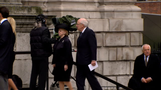 900 1000 EXT Newt Gingrich and wife Callista Gingrich arriving / People arriving / EXT Dick Cheney and wife Lynne Cheney arriving / INT Betty...