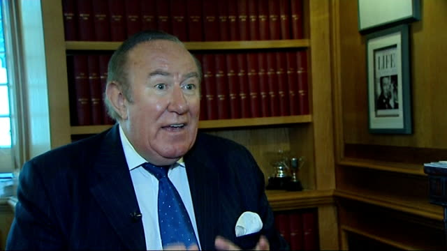 stockvideo's en b-roll-footage met historical legacy england london int andrew neil interview sot parliament square ext francis beckett interview sot - andrew neil