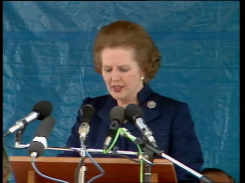 vídeos de stock e filmes b-roll de margaret thatcher uses falklands example in appeal to train drivers planning strike itn cheltenham speaking sof it was achieved by men and women zoom... - ilhas malvinas
