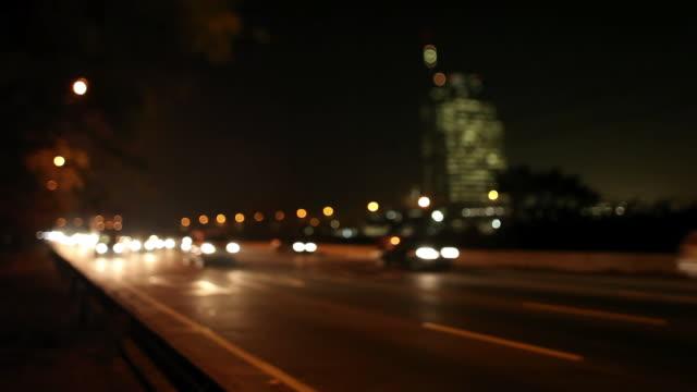 ws marginal pinheiros at night pinheiros avenue / sao paulo, brazil - dissolvenza in chiusura video stock e b–roll