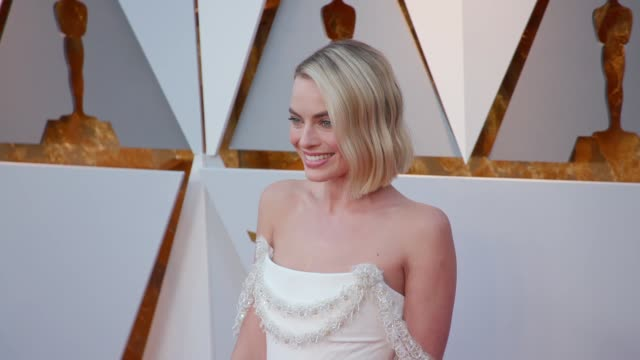 margot robbie at 90th academy awards arrivals at dolby theatre on march 04 2018 in hollywood california - 90th annual academy awards stock videos & royalty-free footage