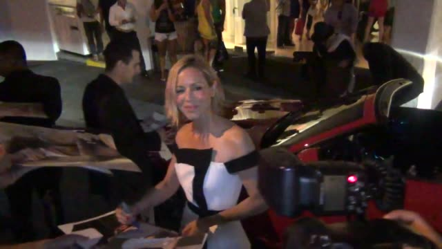 stockvideo's en b-roll-footage met maria bello at 13th annual instyle summer soiree at mondrian hotel in west hollywood at celebrity sightings in los angeles maria bello at 13th annual... - maria bello