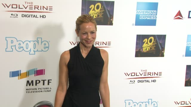 stockvideo's en b-roll-footage met maria bello at hugh jackman. . . one night only debuts at the dolby theatre benefiting mptf on 10/12/13 in los angeles, ca . - maria bello
