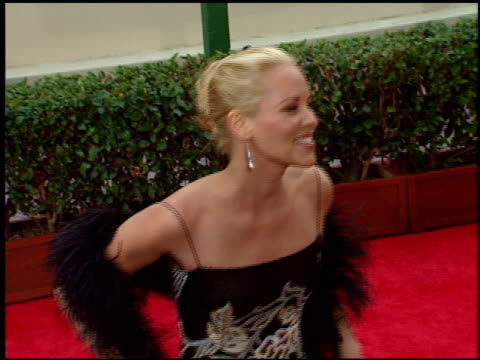 stockvideo's en b-roll-footage met maria bello at the 1998 golden globe awards at the beverly hilton in beverly hills, california on january 18, 1998. - maria bello
