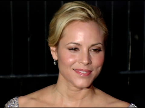 stockvideo's en b-roll-footage met maria bello at the 2005 new york film critics circle 71st annual awards dinner at cipriani 42nd street in new york, new york on january 8, 2006. - maria bello