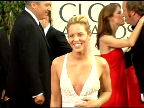 maria bello at the 2006 golden globe awards arrivals at the beverly hilton in beverly hills, california on january 16, 2006. - maria bello stock videos & royalty-free footage