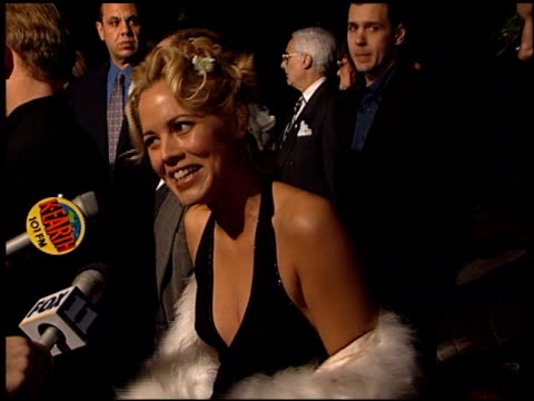 stockvideo's en b-roll-footage met maria bello at the 'payback' premiere at paramount studios in hollywood, california on january 28, 1999. - maria bello