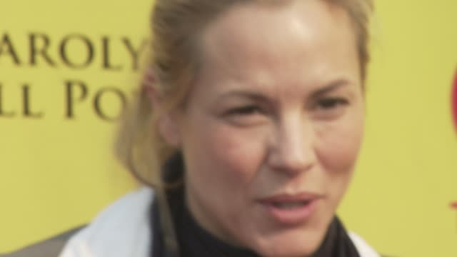 stockvideo's en b-roll-footage met maria bello at the ps arts 'express yourself' at los angeles ca. - maria bello