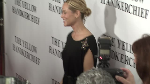 stockvideo's en b-roll-footage met maria bello at the 'the yellow handkerchief' premiere at los angeles ca. - maria bello
