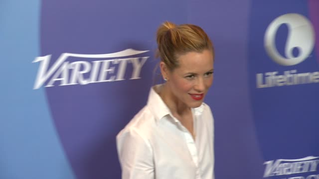 stockvideo's en b-roll-footage met maria bello at variety's 5th annual power of women event in beverly hills, ca, on 10/4/13. - maria bello