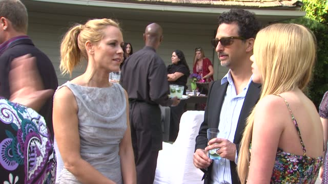 stockvideo's en b-roll-footage met maria bello, grant heslov at the 4th annual please mr. president workshop and fundraising event benefitting children mending hearts at los angeles ca. - maria bello