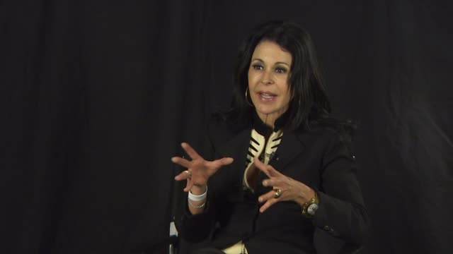 stockvideo's en b-roll-footage met maria conchita alonso on the differences between hugo chavez's venezuela and the one in oliver stone's film at the maria conchita alonso attacks... - oliver stone
