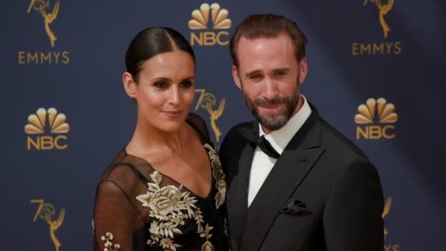 vídeos de stock, filmes e b-roll de maria dolores dieguez and joseph fiennes at the 70th emmy awards arrivals at microsoft theater on september 17 2018 in los angeles california - 70th annual primetime emmy awards