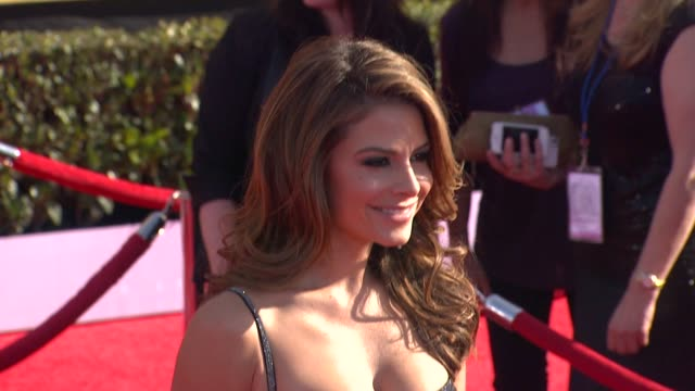 maria menounos at 18th annual screen actors guild awards arrivals on 1/29/2012 in los angeles ca - screen actors guild awards stock videos and b-roll footage