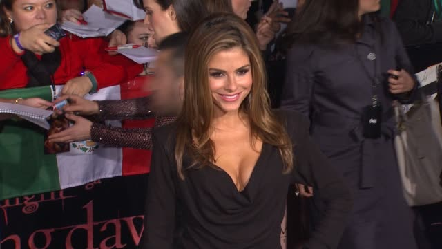 Maria Menounos at the The Los Angeles Premiere Of 'The Twilight Saga Breaking Dawn Part 1' at Los Angeles CA
