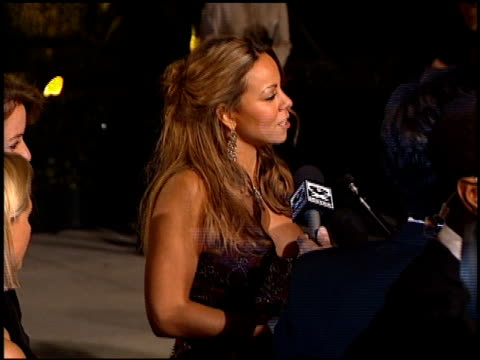 vidéos et rushes de mariah carey at the 1999 academy awards vanity fair party at morton's in west hollywood california on march 21 1999 - 1999