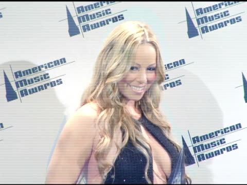 mariah carey at the 2005 american music awards press room at the shrine auditorium in los angeles california on november 22 2005 - mariah carey stock-videos und b-roll-filmmaterial