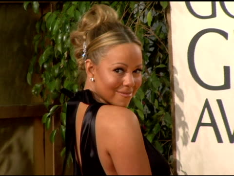 mariah carey at the 2006 golden globe awards arrivals at the beverly hilton in beverly hills california on january 16 2006 - mariah carey stock-videos und b-roll-filmmaterial